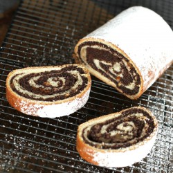 Poppy Seed Yeast Roll |...
